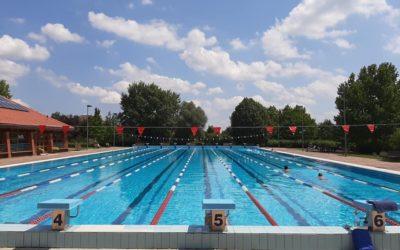 08.01-én, vasárnap úszóverseny lesz a Fürdőben